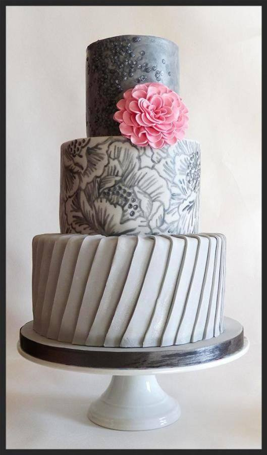 Pleats Sequins and Handpainting Wedding Cake