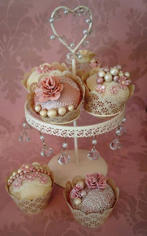 Tea Cakes with Beads