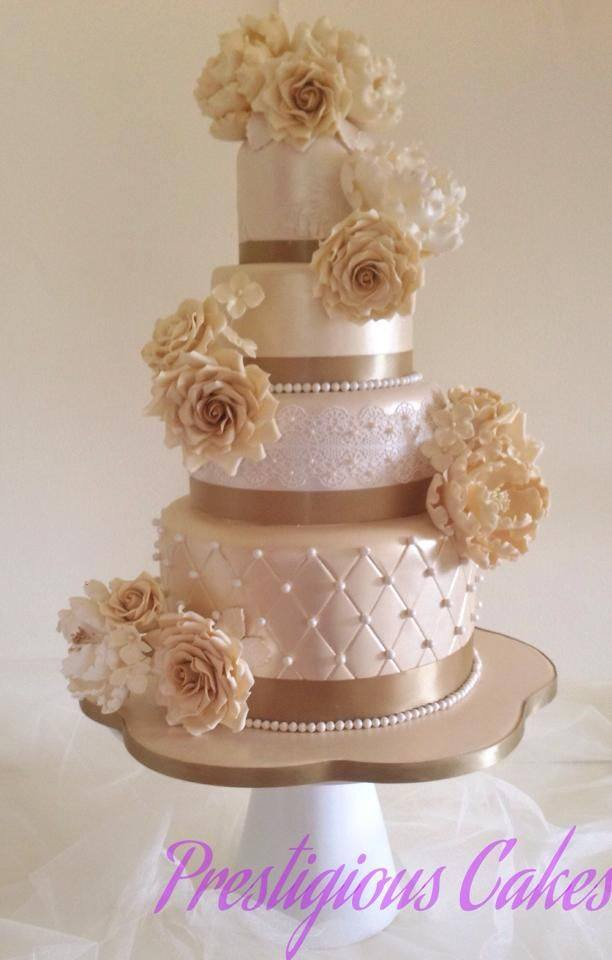Exquisite Wedding Cake
