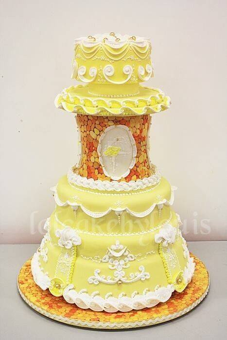 Wedding Cakes Inspired By Events And Memories