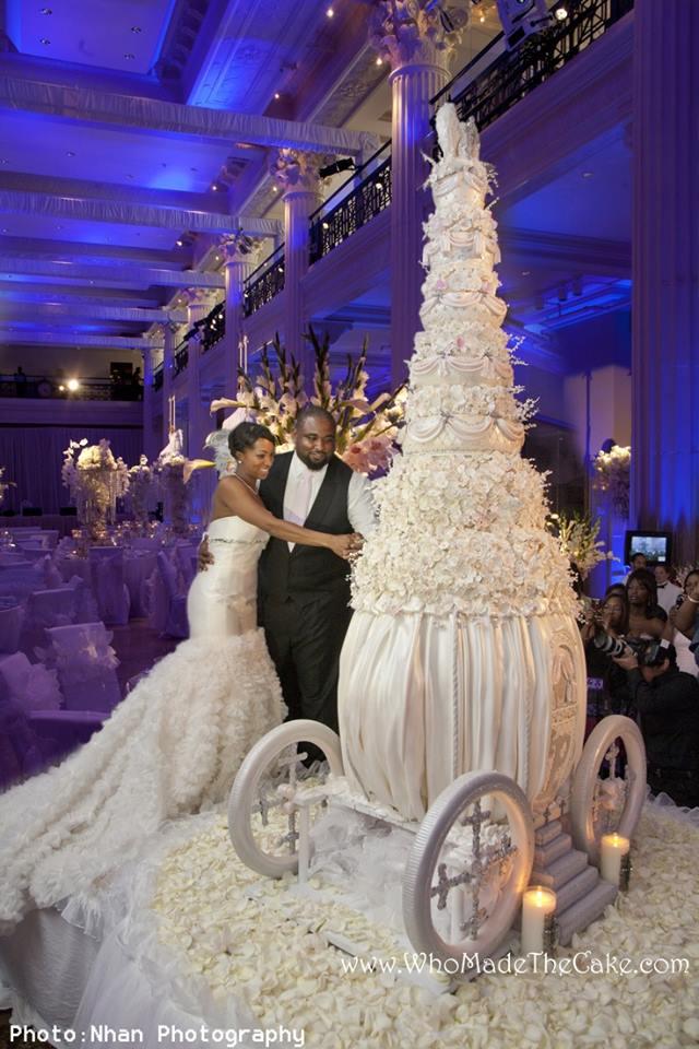 wedding carriage cake